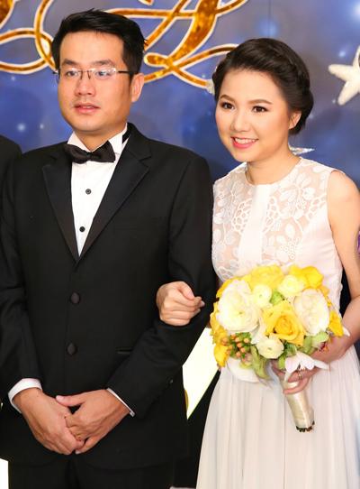 Đầu năm 2014, Quỳnh Anh kết hôn cùng bạn trai ba năm là Hoàng Anh. Sau đám cưới, cô có cuộc sống đầm ấm bên gia đình và đã sinh con đầu lòng. Là người kín tiếng, Quỳnh Anh ít chia sẻ về cuộc sống gia đình. Cô chủ yếu dùng mạng xã hội để kết nối với người hâm mộ cũ.