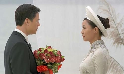 Thiện Tùng (trái) và Hồng Diễm trong Cả một đời ân oán.