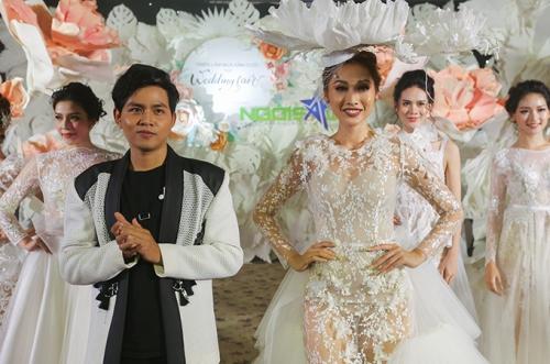 Với chủ đề của Triển lãm cưới Ngôi Sao DIY Wedding: Darling, Im yours, NTK NTK Phan Quốc An muốn đem đến thêm nhiều lựa chọn về trang phục cho các cô dâu hiện đại, cá tính, không ngại thể hiện cái tôi.