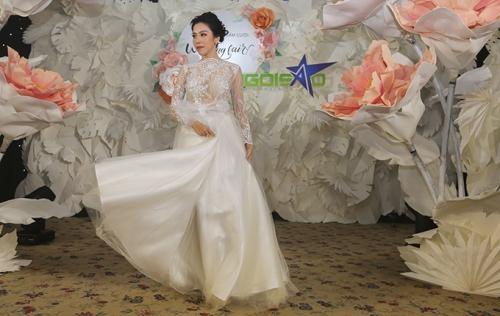 Phan Quốc An ra mắt váy cưới ren, xuyên thấu - 2