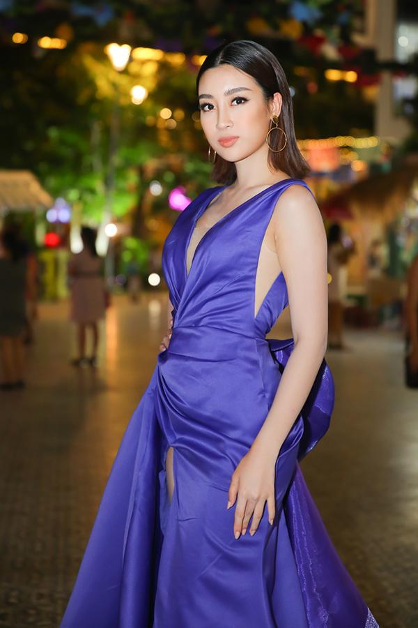 Hoa hậu Kỳ Duyên, Mỹ Linh mặc đồng điệu tại sự kiện