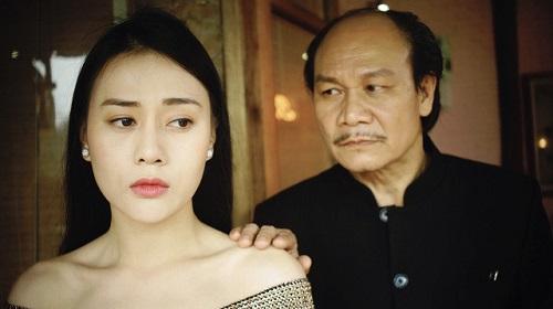 Phương Oanh (trái) và Nguyễn Hải trong phim.