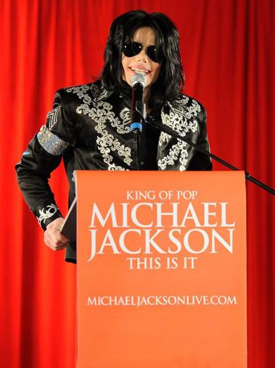 Nhiều năm sự nghiệp bị ảnh hưởng bởi những lùm xùm lạm dụng tình dục, mùa hè 2009, Michael Jackson quyết định tổ chức 50 đêm nhạc trong tour diễn This Is It. Hãng âm nhạc AEG Live ước tính chỉ sau 10 đêm diễn, Michael Jackson có thể kiếm được xấp xỉ 60 triệu USD.