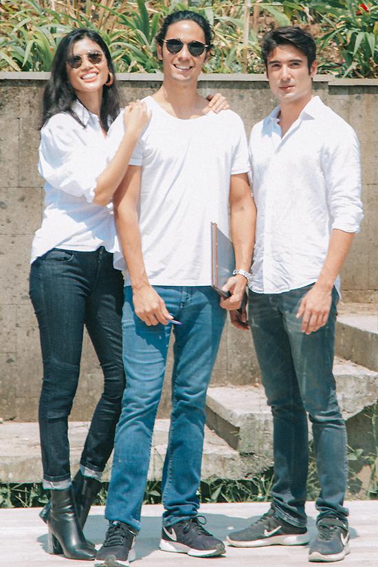 Trang Lạ gặp gỡ hai con trai riêng của chồng