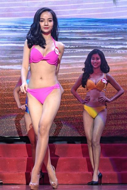 Thủy Tiênsinh năm 1997, là người mẫu, diễn viên tự do ở Hà Nội. Cô từng đoạt giải phụ Người đẹp áo dài trong cuộc thi Nữ hoàng trang sức 2017.