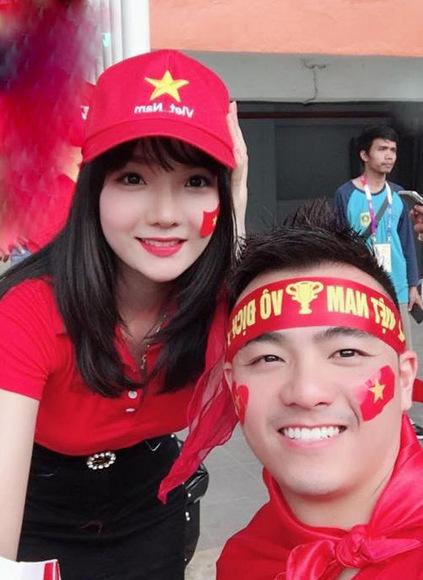 Nhiều người ấn tượng về cô gái Việt Nam xinh đẹp, thân thiện và trả lời ứng xử khéo léo. Ngay sau đó, nhiềuđài,báo cùa Hàn cũng liên hệ đểphỏng vấn Thủy Tiên.