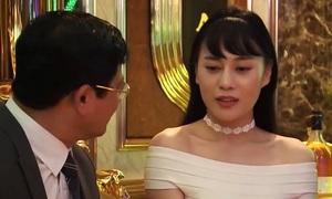 Trailer phim 18+ 'Quỳnh Búp Bê' gây chú ý với cảnh tiếp khách