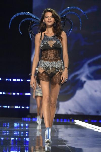 Người mẫu Georgia Fowler, sinh năm 1992.