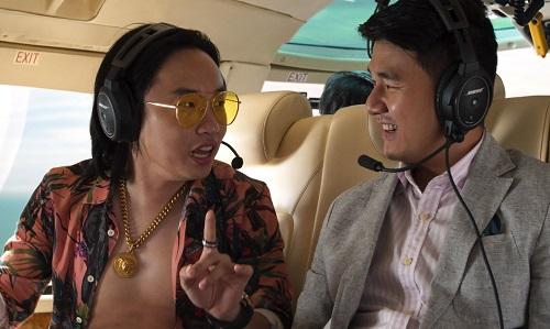 Theo trang Entertainment Weekly ước tính, nếu quy ra đời thực,tổng chi phí cho các vật dụng vàhoạt động trong phim lên đến 277 triệu USD, trong đó các máy bay trực thăng riêng ngốn hết 36 triệu USD.