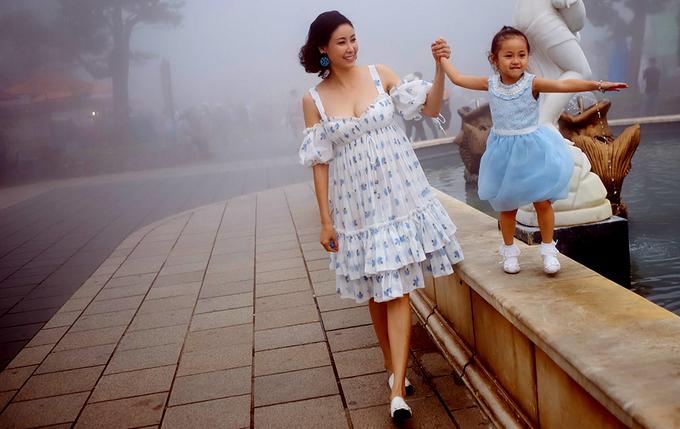 Hà Kiều Anh du lịch trước đêm chấm chung kết Hoa hậu Việt Nam