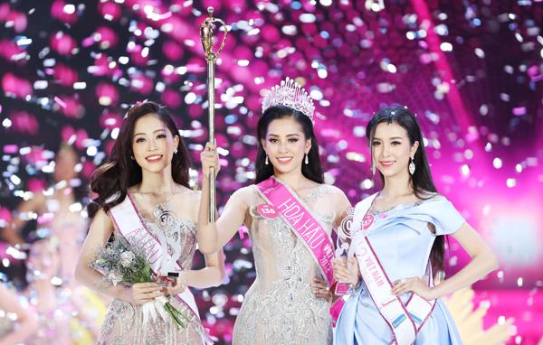 top-hoa-hau-vietnam2018-9029-1537117119.