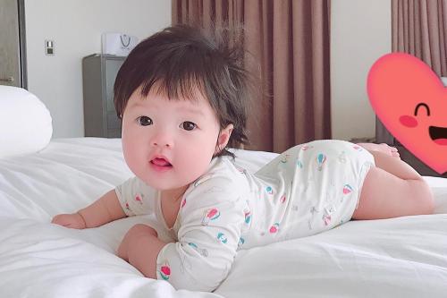 Con gái Thu Thảo.