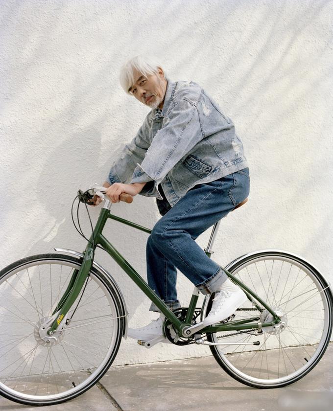 Phong cách của 'ông già sành điệu nhất Trung Quốc'