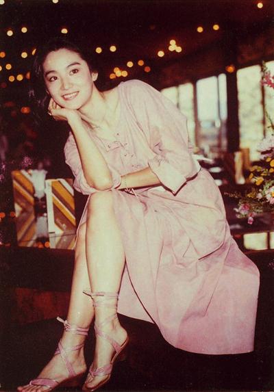 Trương Thúc Bình - nhà thiết kế trang phục kiêm chỉ đạo mỹ thuật trong hầu hết phim của Vương Gia Vệ - nói vẻ đẹp của Lâm Thanh Hà lâu bền, gây choáng ngợp trên màn ảnh suốt hai thập niên cô hoạt động nghệ thuật.
