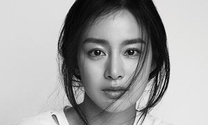 Kim Tae Hee áo phông, tóc rối lên tạp chí