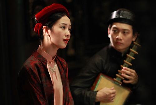 Trong phim này, Jun Vũ cũng lần đầuthu tiếng thật(giọng Bắc). Ởcác phim trước, phần thoại của nữ diễn viên được lồng tiếng lại do nhân vật là người miền Nam.