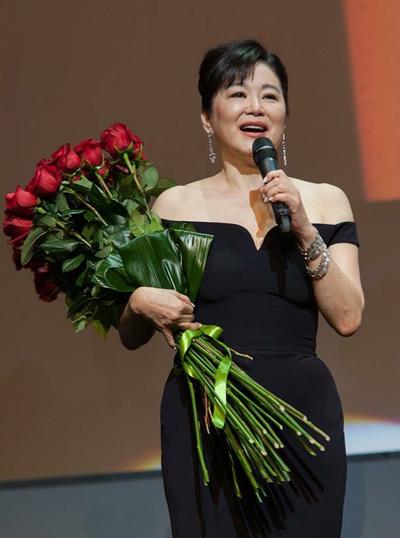 Gần đây, Lâm Thanh Hà bị đồn ly dị tỷ phú Hình Lý Nguyên, nhận trợ cấp 26 triệu USD. Nữ diễn viên không phản hồi tin đồn. Sự việc khiến Lâm Thanh Hà - người không đóng phim nhiều năm qua - trở thành cái tên được tìm kiếm nhiều trên mạng xã hội ở Trung Quốc. Không ít người chia sẻ các hình ảnh, bộ phim cũ của diễn viên, bày tỏ sự thán phục về nhan sắc, tài năng.