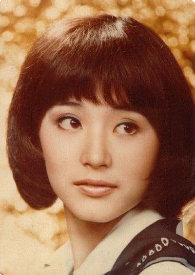 Năm 22 tuổi, Lâm Thanh Hà đoạt giải thưởng lớn đầu tiên - Nữ diễn viên chính xuất sắc - tại Liên hoan phim Châu á - Thái Bình Dương, nhờ thể hiện trong Tám trăm tráng sĩ.