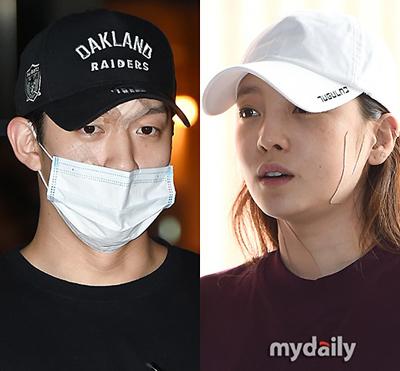 Goo Hara và Choi Jong Bum khi bị cảnh sát triệu tập hồi tháng 9.