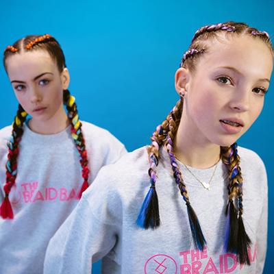 Lila Grace lần đầu tham gia chiến dịch quảng cáo thời trang của The Braid Bar ở Anh năm 2017.