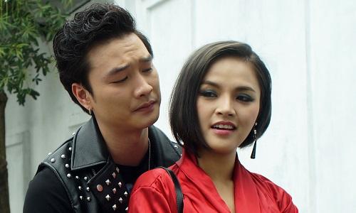 My (phải) và Phong đều bị trừng trị trong tập này.