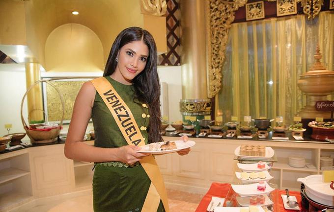 Phương Nga dự tiệc tối Miss Grand International