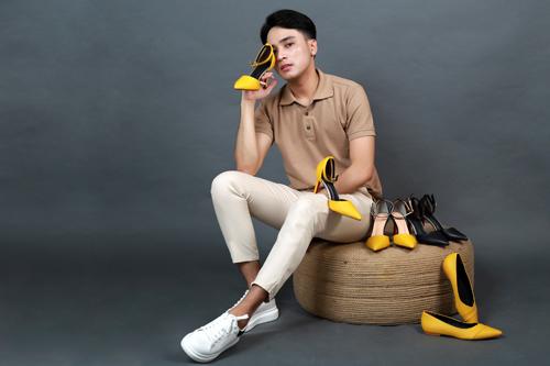 Những mẫu sandal bít mũi có gót từ 9 phân giúp tôn vóc dáng phái đẹp.