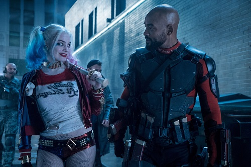 Margot Robbie (trái) và WIll Smith trong Suicide Squad.