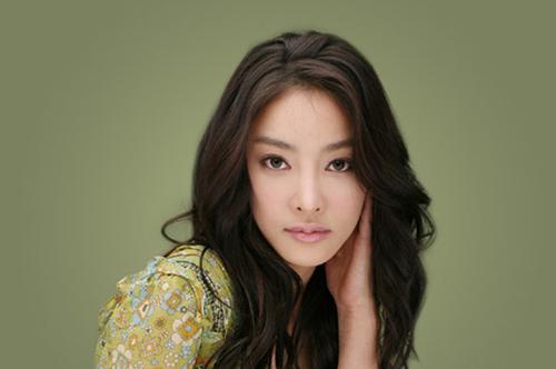 Cố diễn viên Jang Ja Yun.