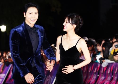 Nam diễn viên xuất sắc hàng đầu (Phim dài tập): Lee Sang Woo (Marry Me Now)