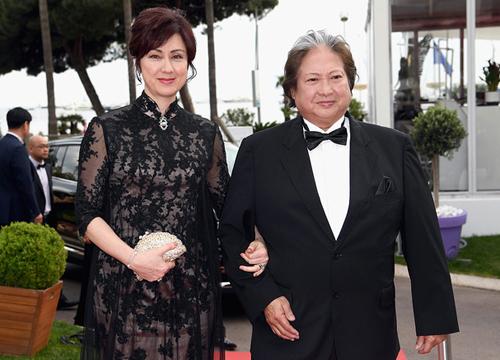 Vợ chồng Hồng Kim Bảo. Cao Lệ Hồng là Hoa hậu Hong Kong 1984.