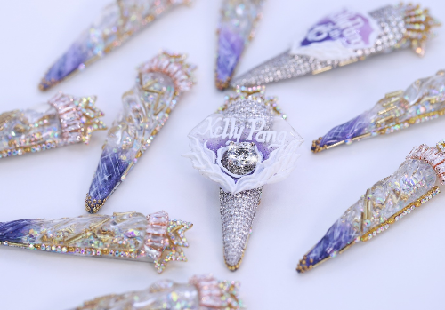 Võ Hoàng Yến sang trọng với bộ nail kim cương 100.000 USD  - 2