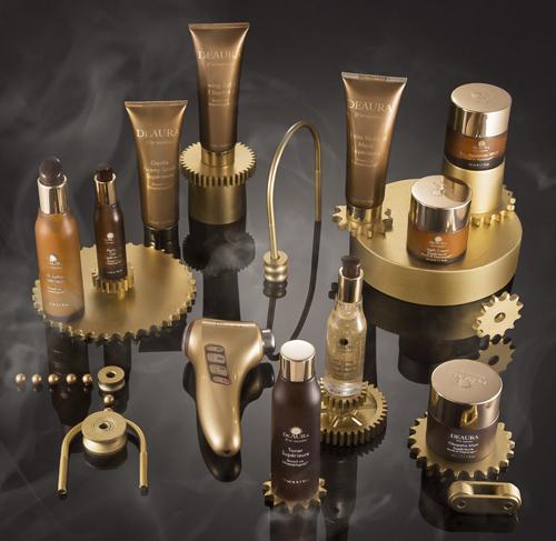 Mỹ phẩm DeAura kế thừa các công thức làm đẹp của nữ hoàng Cleopatra kết hợp công nghệ hiện đại để tạo nên bộ sản phẩm chăm sóc da toàn diện cho chị em.