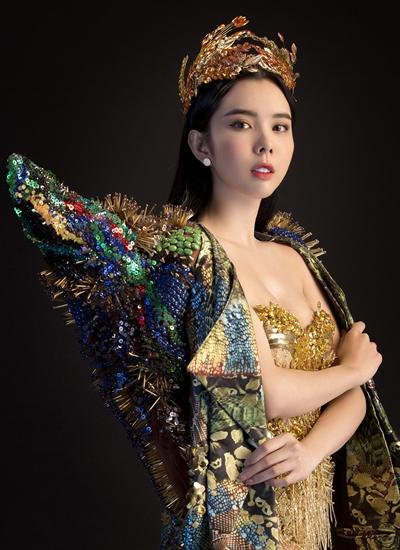 Người đẹp Đồng Tháp mặc váy 20 kg thi hoa hậu ở Philippines - 1