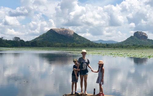 Hồng Nhung đưa hai con du lịch ởSri Lanka - 5