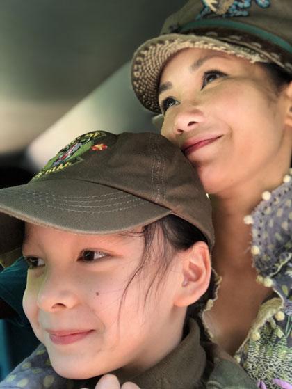 Hồng Nhung đưa hai con du lịch ởSri Lanka - 1
