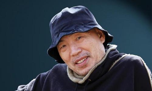 Trong lúc vẽ, Lee Sung Kun thường hét lớn để tâm lý thoải mái.