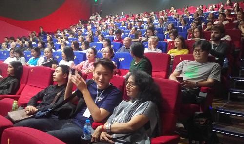 Buổi chiếu Nhắm mắt thấy mùa hè ngày 29/10 ở Trung tâm Chiếu phim Quốc gia.