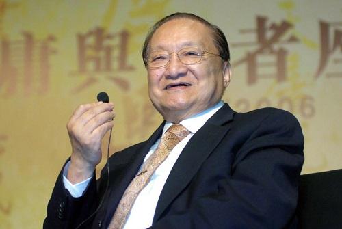 Kim Dung được xem là một trong những nhà văn có ảnh hưởng lớn nhất thế kỷ 20 ở Trung Quốc.