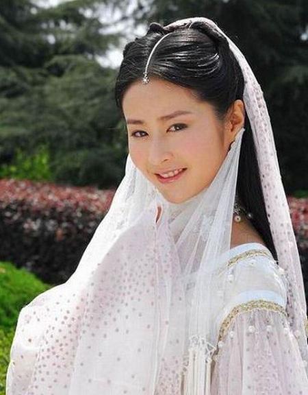 Lưu Dĩnh đóng vai này năm 2008.