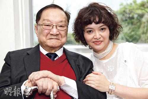 Kim Dung và con gái Tra Truyền Nột.