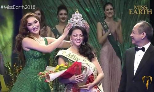 Tối 3/11, Phương Khánh gây bất ngờ khi chiến thắng tại Miss Earth, trở thành người đẹp đầu tiên của Việt Nam đăng quang Hoa hậu Trái đất. Đây cũng là thành tích cao nhất của Việt Nam ở một trong bốn đấu trường nhan sắc quốc tế lớn (Miss Universe, Miss World, Miss International và Miss Earth).