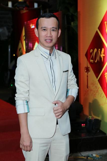Ông bầu Phúc Nguyễn là người quyết định chọn Phương Khánh đi thi.