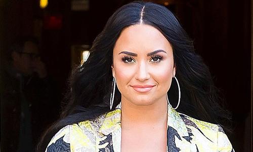 Demi Lovato ở Los Angeles dịp cuối tuần. Ảnh: GCImages.
