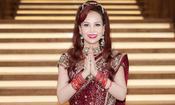 Hoa hậu Diệu Hoa mặc sari diễn thời trang