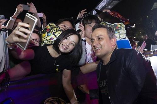 Đạo diễn Joe Russo ở buổi ra mắt Avengers: Infinity War ở Singapore hồi tháng 4.