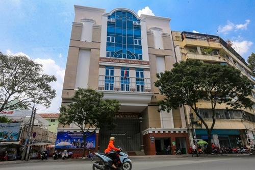 Nhà hát Trần Hữu Trang - đơn vị công lập duy nhất về cải lương tại TP HCM - chỉ sáng đèn vài đêm mỗi tuần.