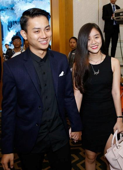 Hoài Lâm và bạn gái.