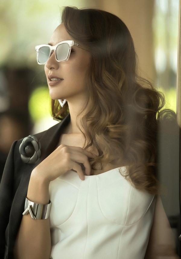 Hoa hậu Ngọc Diễm gợi ý năm kiểu đầm công sở