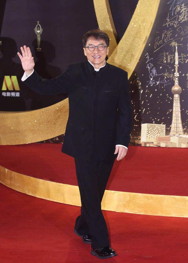 Lưu Hiểu Khánh, Triệu Vy dự thảm đỏ Bách Hoa